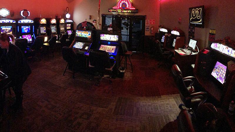 Cedar Ridge Casino Interior 2 - Cedar Ridge Casino